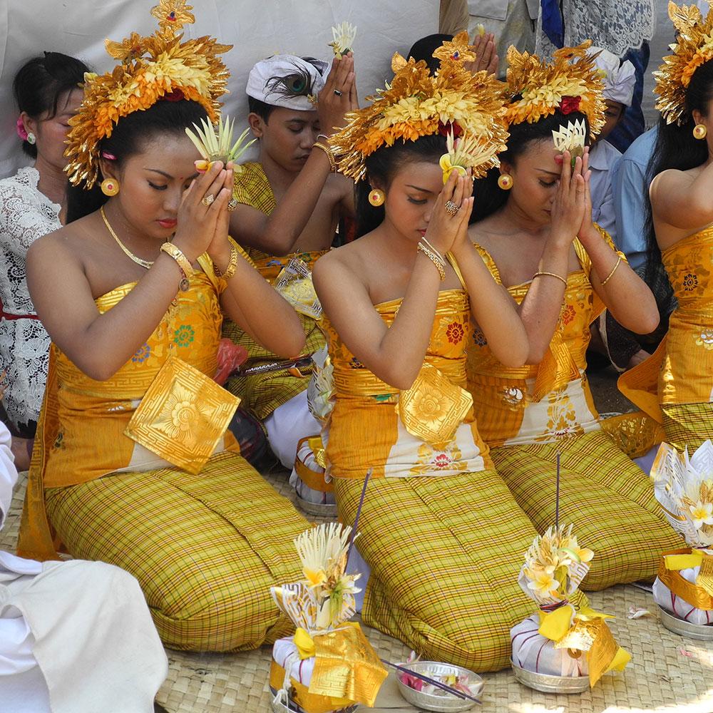 Bali - Zeremonie Vorbereitung